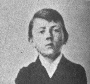 young-adolf-hitler.jpg