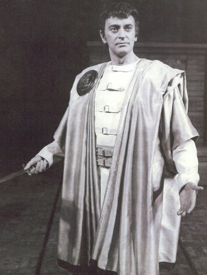 the tragedy of juliues ceasar No fear shakespeare by sparknotes features the complete edition of julius caesar side-by-side with an accessible, plain english translation.