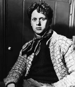 dylan thomas 258x300 Do Not Go Gentle Into That Good Night: Summary & Analysis