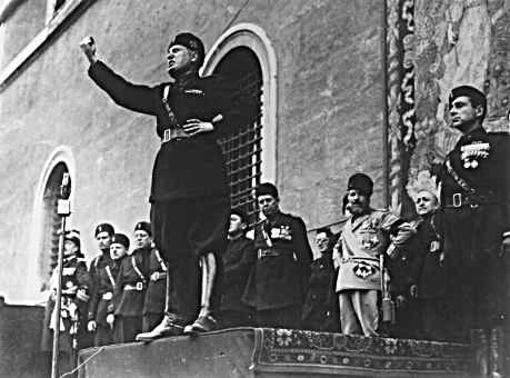 benito mussolinis rise to power Benito mussolini leads blackshirts on march on rome to seize power: featured hot  benito mussolini officially declares there is no jewish problem in italy: hot.