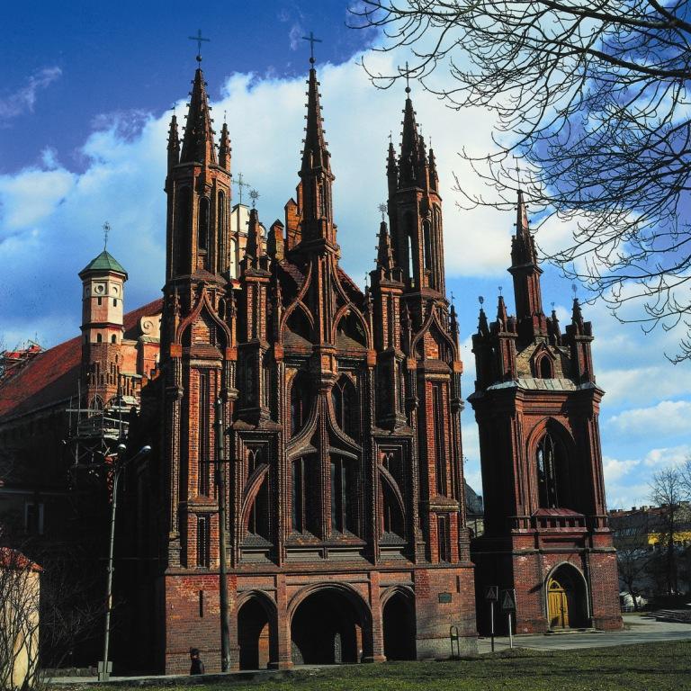 Gothic: Age & Architecture - SchoolWorkHelper